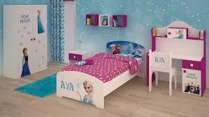 chambre la reine des neiges idee deco chambre reine des neiges drap rangement coucher
