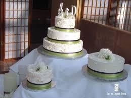 Green White Wedding Cakes Ivory