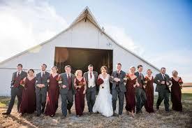 Rustic Bridal Party Walking Barn Wedding Photographers