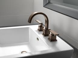 Delta Bronze Bathtub Faucet by Faucet Com 3553lf Cz In Champagne Bronze By Delta