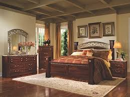 Triomphe Queen Bedroom Collection