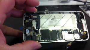 Touch screen problems after water damage in iPhone 4S