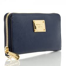 Michael Kors Navy Leather Continental Women s iPhone Wallet Case