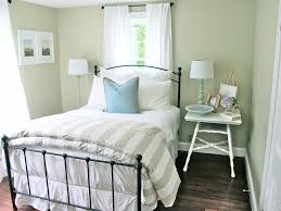 Simple Guest Room Ideas With Wrought Iron Frame Bed