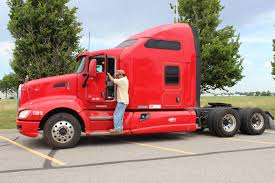 Get A New Job In Trucking Fast!"
