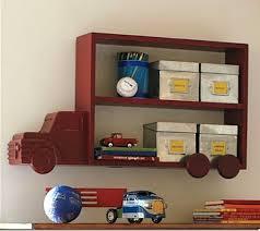 etagere chambre enfants etagère camion pour chambre de garçon