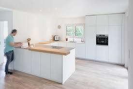 Moderne Weisse Küchen Bilder Neue Räume Moderne Küche Weiße Küche Schreinerküche