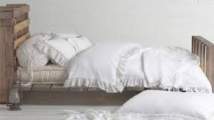 Bed Bath Beyond Burbank by La U0027s Best Bedding Boutiques For Stylish Sheets And More Ikea