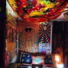 The Lifestyle That Allows Some Design And Cannabis Be Groovy Hippie Room