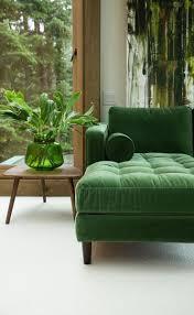 interiors canapé canapé vert plantes jungle interior green sofa makin