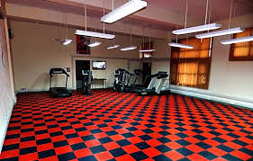 Best Home Gym Flooring Ideas And Tips Black Red Rubber Tile For