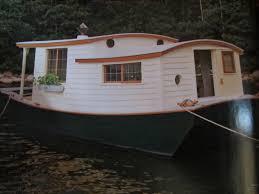100 Boathouse Designs An UNBELIEVABLE ShantyboatHouseboat In Wooden Boat Small Houseboat