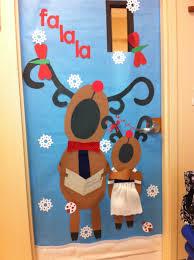 Kindergarten Christmas Door Decorating Contest by Great Classroom Door Idea Except They Need To Be Singing