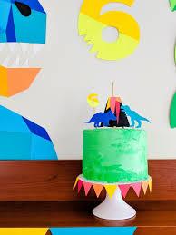 dinosaurier kuchen selber machen rezept und ideen für dino