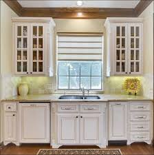 paint colors for kitchens with light oak cabinets kitchen light
