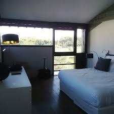 chambre avec vue chambre avec vue sur le golf photo de domaine de manville les