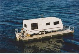 100 House Boat Designs Floatinghomeandboathousedesigns Interesting Economical Way