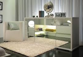 kommode und sideboard im schlafzimmer oder wohnzimmer