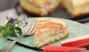 osterbrunch rhabarber vanille cheesecake mit weißer