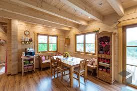 gemütliche sitzecke mit esstisch landhausstil esstisch