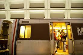 Unsuck DC Metro Unsucking Metro s Doors Through Peer Pressure