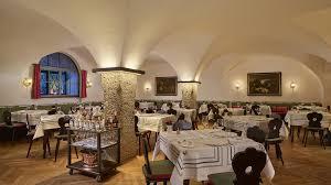goldener hirsch restaurant salzburg info