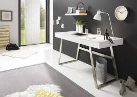 minimalistisches arbeitszimmer produktiv arbeiten