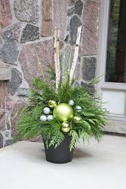 Outdoor Christmas Decorations Ideas Pinterest by Best 25 Outdoor Christmas Planters Ideas On Pinterest Christmas