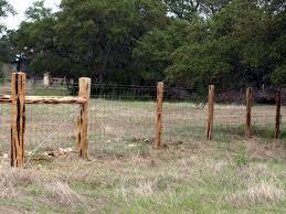 Cedar Post Ranch Fences Livestock 01 640x