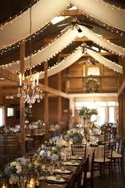 80 Creative Indoor Barn For Rustic Wedding Decor 3
