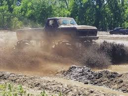 Midwest Madness Mud Bog, Sept 2018 – Good Times Offroad