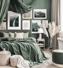atemberaubende bilderwand grünes schlafzimmer naturposter eichenrahmen