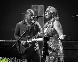 Gallery & Review: Tedeschi Trucks Band Live At Chicago Theatre ... Tedeschi Trucks Band Upcoming Shows Tickets Reviews More 2017 Beacon Theatre Residency Recordings Wow Fans At Orpheum Theater Beneath A Desert Sky Summer 2018 Dates Run Confirmed Live Cover Bowie Jam With Jorma Kaukonen In Boston Closes Out Capitol Full Show Pro Three Sold Nights The Chicago Photos Setlist Widespread Panic Uno Lakefront Arena New Gallery The Setlists Weve Nabbed All Songs Considered Npr