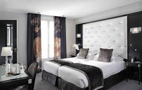 chambre avec tete de lit capitonn idée déco chambre à coucher avec une tête de lit capitonné la