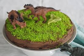 schokoladen süsskartoffel dinosaurier geburtstagstorte