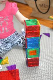Magna Tiles Amazon Uk by Magnatiles V U0027s Playmags What U0027s The Difference And Which One To