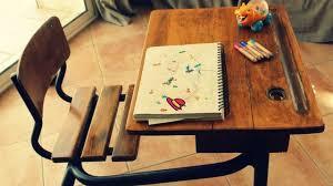 bureau d 馗olier ancien en bois 1 place un bureau déco meubles idées astuces conseils côté maison