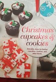 Description Christmas Cupcakes And Cookies