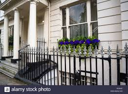 100 Kensington Gardens Square Posh House With Flowers On A Window Sill