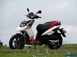 Aprilia SR 150 Review