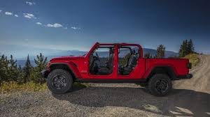 100 Jeep Gladiator Truck 2020 Debuts Wrangler With OffRoad Chops UPDATE