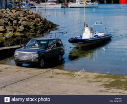 Landrover Towing Stock Photos & Landrover Towing Stock Images - Alamy
