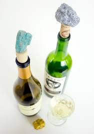 Wine Bottle Cork Holder Wall Decor by 27 Insanely Beautiful Homemade Wine Bottle Cork Projects Exuding