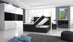 komplett hochglanz schlafzimmer boxspringbett mit zwei
