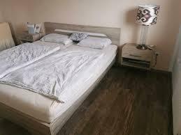 schlafzimmer komplett mit matratze u lattenrost