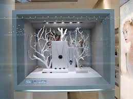 Display Visual Merchandising Elemental Design For Shop Cafutare Google Vitrine Jewelry Store Window Jewellery
