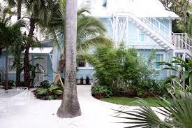 Publix Christmas Trees Miami by Condo Hotel Roam Miami Fl Booking Com