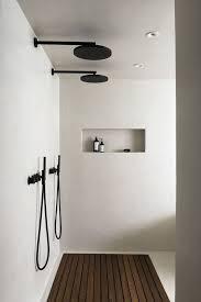 schwarz weiß messing die schönsten armaturen für s bad