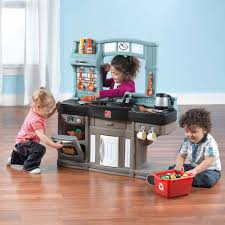 Step2 Kitchens U0026 Play Food by Step2 Best Chef U0027s Play Kitchen With Accessory Set Walmart Com