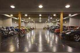 Rustic Garage Interior Ideas Vintage Walls